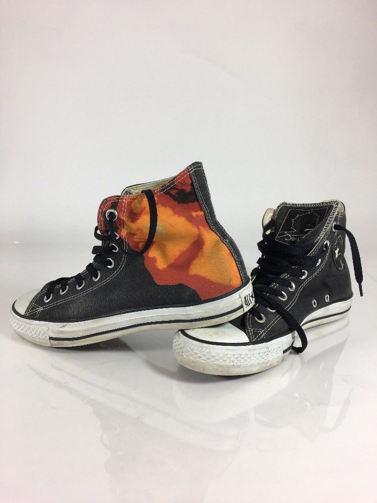 41 Best Everyday Casual Outfit Ideas You Need: Converse Hi-Top Jimi Hendrix Electric Ladyland 41-42